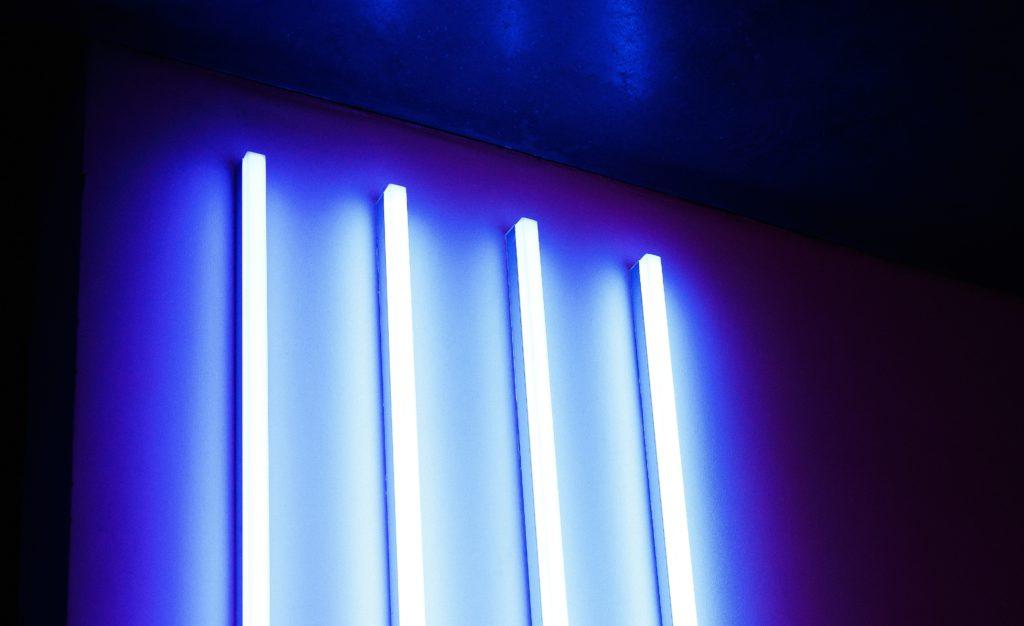 UV lamp x4